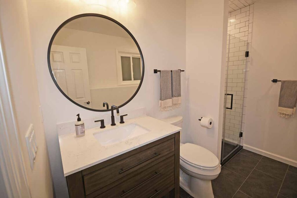 Bathroom modern remodel